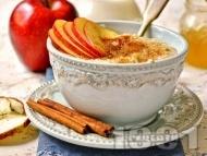 Рецепта Пудинг от ориз с ябълки, дюли и стафиди за десерт